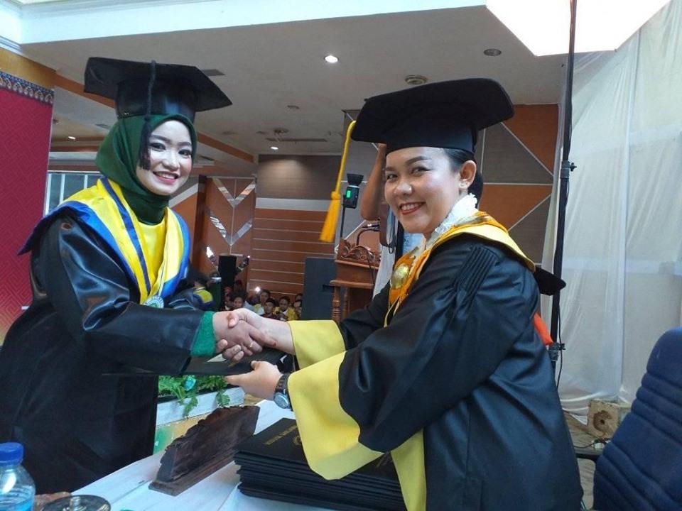 Melinda Masnur, Wisudawan Terbaik Periode III Universitas Cokroaminoto Palopo Tahun 2019