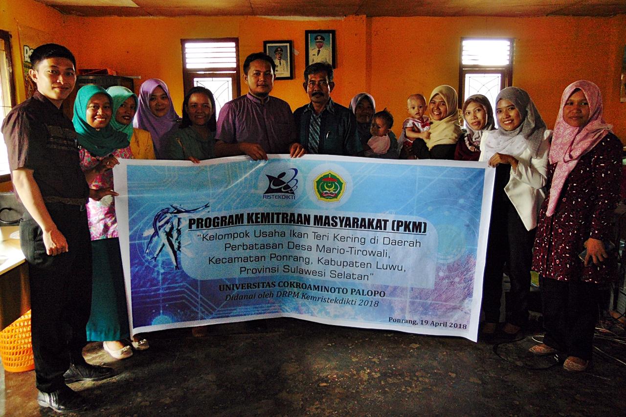 Tim PKM Ikan Teri Ponrang UNCP Lakukan Sosialisasi dan Pelatihan Teknologi Pengolahan Ikan Teri Kering